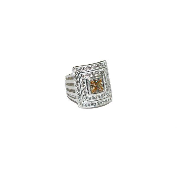 Carmine Ring